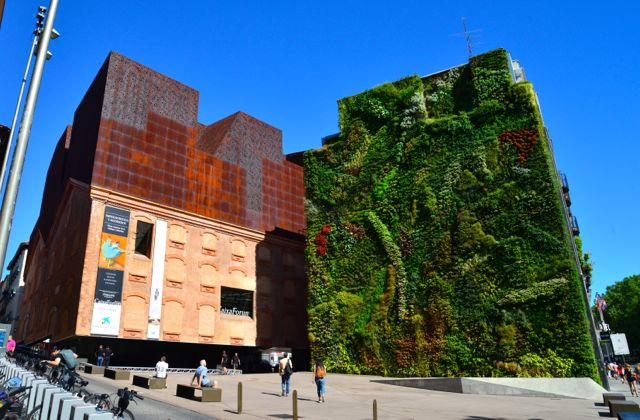 Jardim vertical nos arredores de Atocha.
