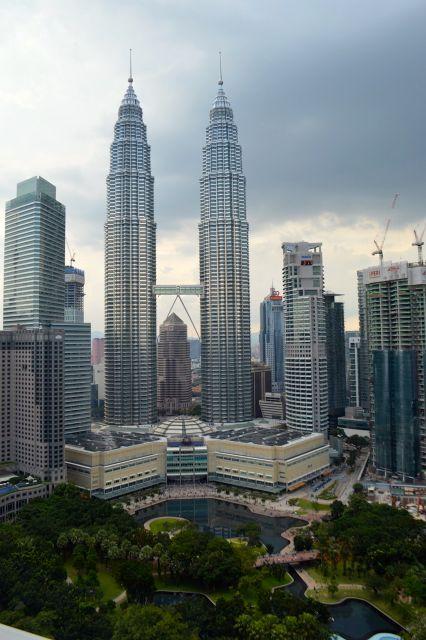 O conjunto arquitetônico nos entornos das Petronas Towers
