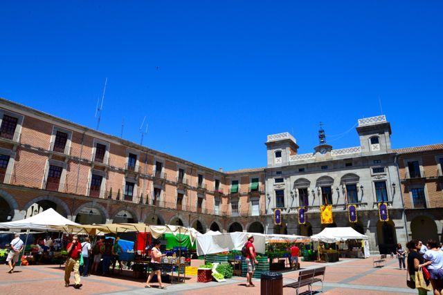 O interior da cidade antiga de Ávila.