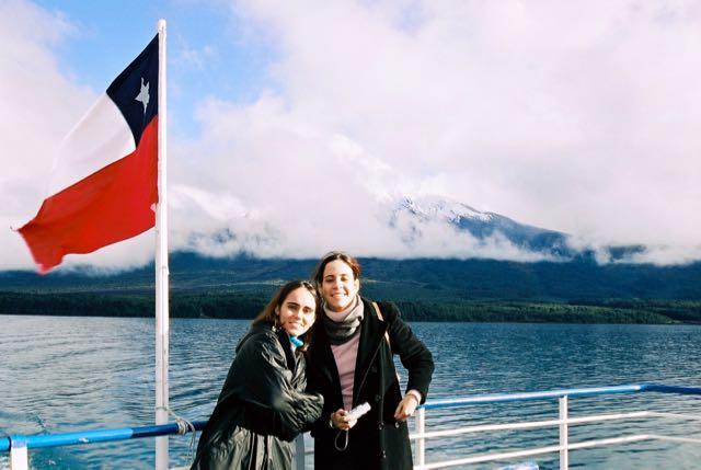 O Vulcão Osorno sob muita neblina.
